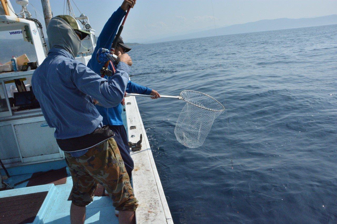 ocean fishing tour