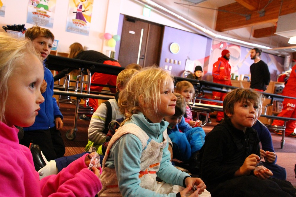 niss ski school kids are happy in hanazono's facilities