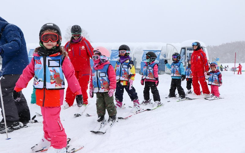 niseko sports free rentals for kids