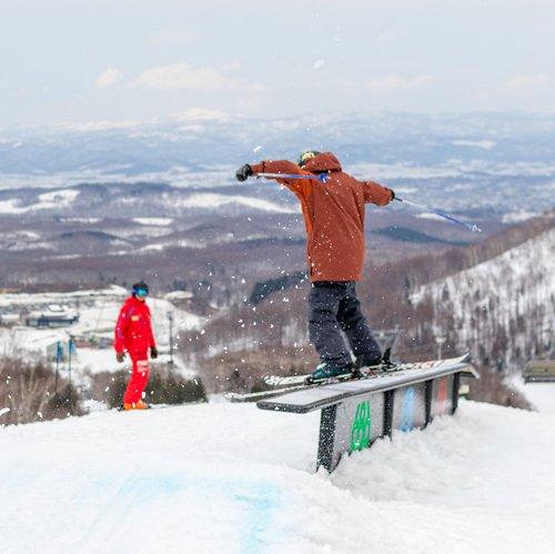 小中学生向けスキー・スノボ上級者クラス「NISSユキ フリーライド プログラム」