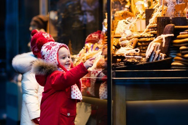Hanazono little christmas market medium